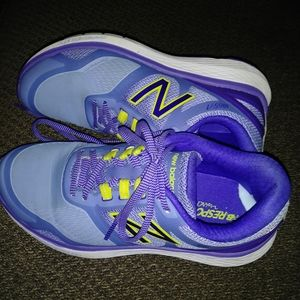 New Balance Walking tennis shoes, size 8, new